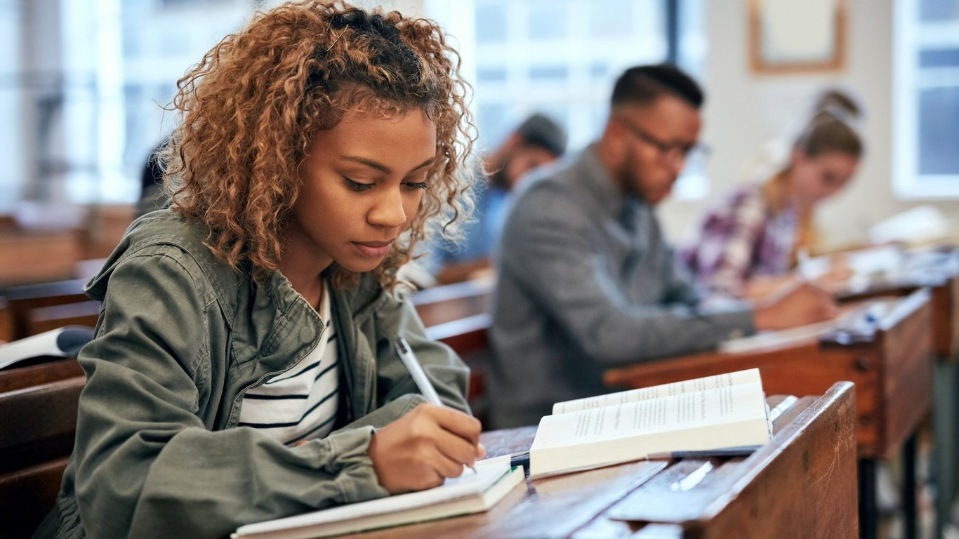 Methods of Essay Revision and Editing